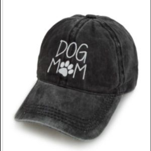 'Dog Mom' Hat